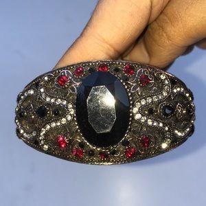 Black Stone Bejewelled Royal Antique ClaspBracelet